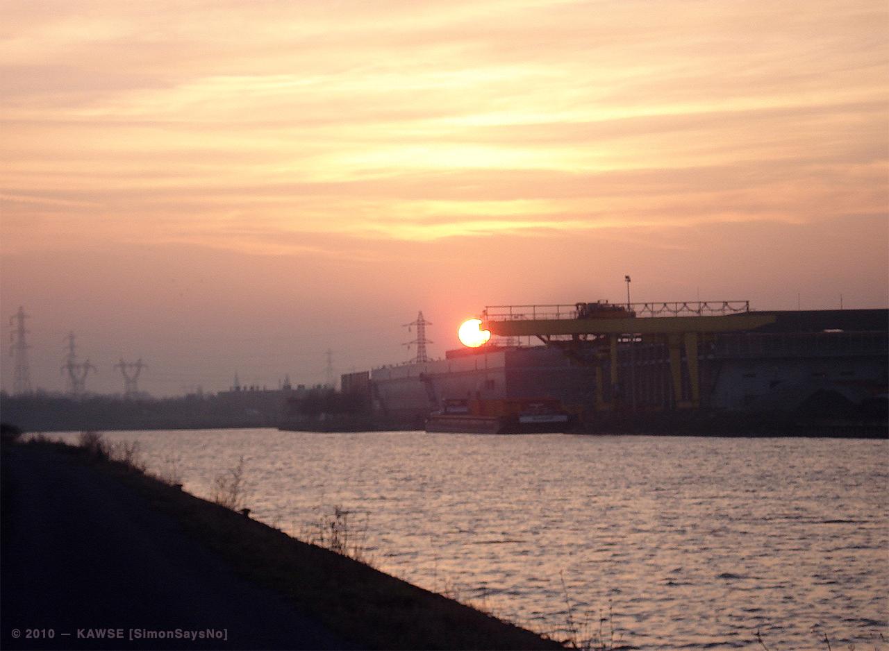 KAWSE 2010 — SUNSET [Picture]